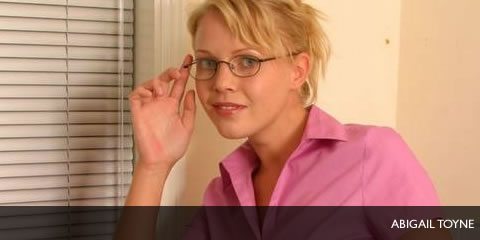 TelephoneModels.com Abigail Toyne June 26th 2006 Abigail Toyne in secretary outfit