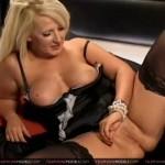 Fuck mature moms sex
