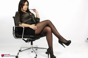 TelephoneModels.com Amber James April18th 2011 1 300x199 Amber James Sexy Secretary
