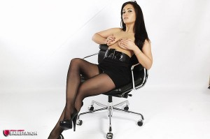 TelephoneModels.com Amber James April18th 2011 3 300x199 Amber James Sexy Secretary