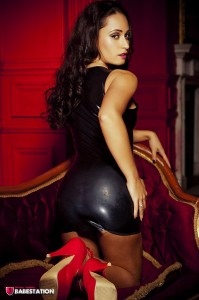 TelephoneModels.com Amber James October 27th 2011 3 199x300 Amber James Latex Dress