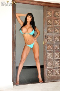 TelephoneModels.com Fernanda Ferrari Studio 66 TV 08 5 200x300 Fernanda Ferrari Azure Bikini Strip Shoot