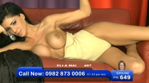 TelephoneModels.com 17 09 2013 02 30 28 480x266 Ella Mai   Bluebird TV   September 17th 2013