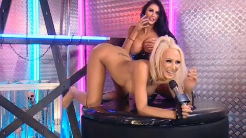 TelephoneModels.com 28 09 2013 01 54 03 480x270 Lucy Summers & Yasmine James   Playboy TV Chat   September 28th 2013