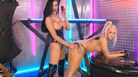 TelephoneModels.com 28 09 2013 02 04 50 480x270 Lucy Summers & Yasmine James   Playboy TV Chat   September 28th 2013