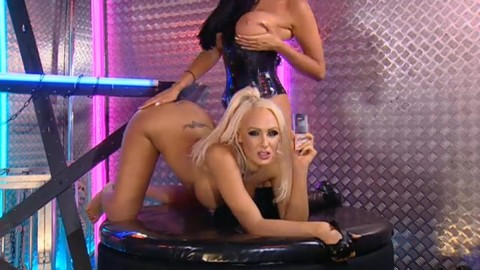 TelephoneModels.com 28 09 2013 02 15 31 480x270 Lucy Summers & Yasmine James   Playboy TV Chat   September 28th 2013