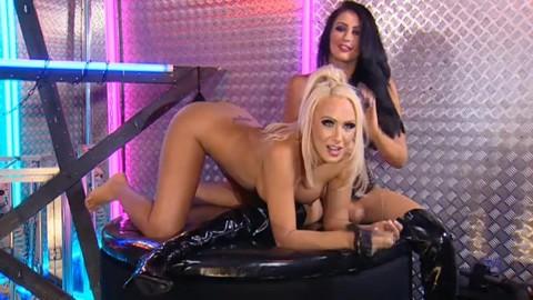TelephoneModels.com 28 09 2013 02 48 34 480x270 Lucy Summers & Yasmine James   Playboy TV Chat   September 28th 2013