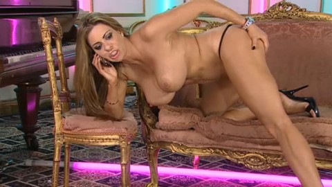 TelephoneModels.com 14 10 2013 01 22 36 480x270 Linsey Dawn McKenzie   Playboy TV Chat   October 14th 2013