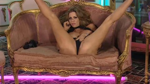 TelephoneModels.com 14 10 2013 02 35 15 480x270 Linsey Dawn McKenzie   Playboy TV Chat   October 14th 2013