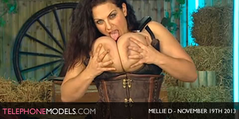TelephoneModels.com Mellie D Red Light Central November 19th 2013 Mellie D   Red Light Central   November 19th 2013