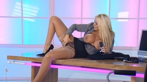 TelephoneModels.com 18 12 2013 02 50 01 480x270 Lucy Zara   Playboy TV Chat   December 18th 2013