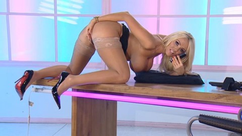 TelephoneModels.com 18 12 2013 03 13 06 480x270 Lucy Zara   Playboy TV Chat   December 18th 2013
