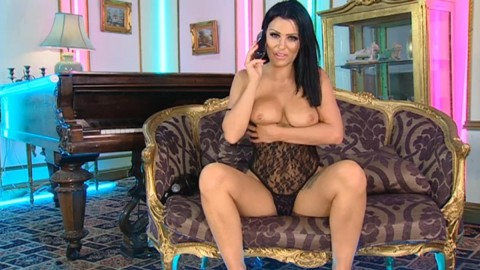 TelephoneModels.com 20 04 2014 03 34 49 480x270 Amy Lu Bennett   Playboy TV Chat   April 20th 2014