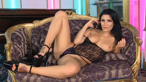 TelephoneModels.com 20 04 2014 04 06 41 480x270 Amy Lu Bennett   Playboy TV Chat   April 20th 2014