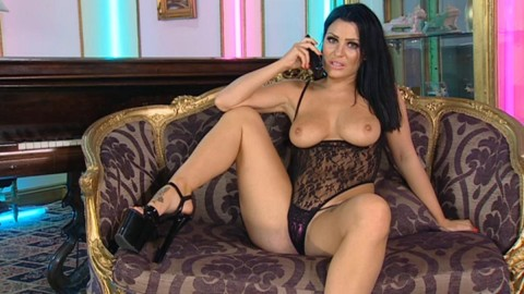 TelephoneModels.com 20 04 2014 04 33 28 480x270 Amy Lu Bennett   Playboy TV Chat   April 20th 2014